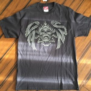 Skull T New with Tags size L